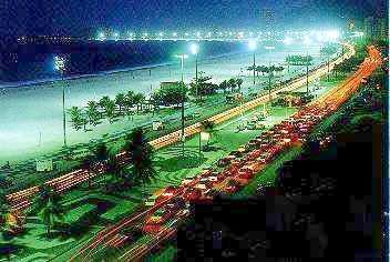 Avenida Atlantica at night