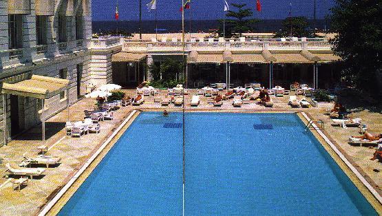Copacobana Hotel pool